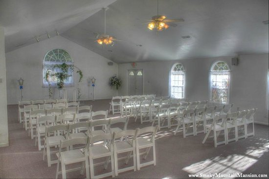 Smoky Mountain Mansion: Chapel Interior Before Decorations