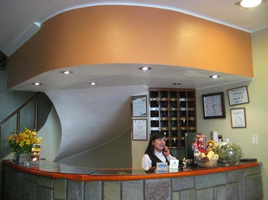 Antawasi Hotel: recepcion