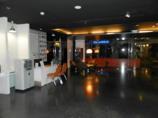 The Heritage Bangkok: холл