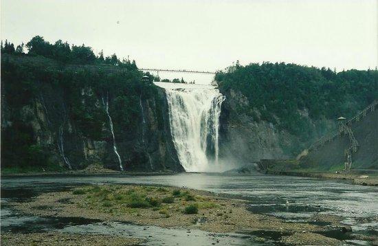 Montmorency Falls Park (Parc de la Chute-Montmorency): Veduta frontale
