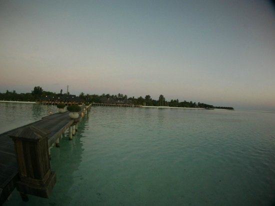 Olhuveli Beach & Spa Maldives: Hotel