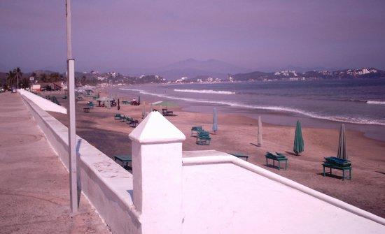 Manzanillo Bay: playa santiago