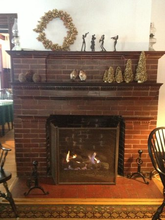 Orient Inn: Fireplace in Main Entry