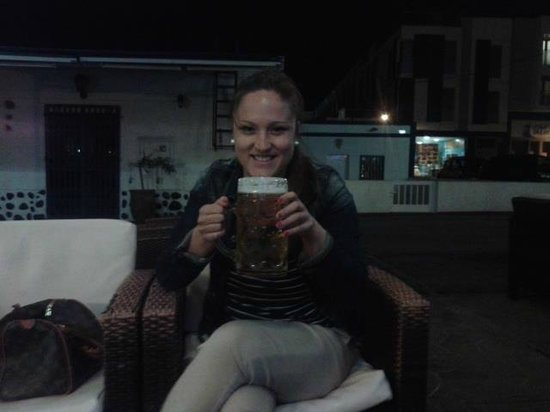 Cantante Cafe: XXL beer :)