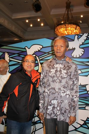 Madame Tussauds London: With the late Honorable Nelson Mandela