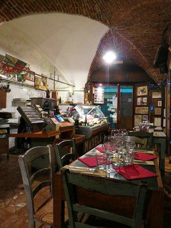 Maxela Genova 1 : interior