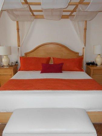 Be Live Collection Punta Cana: cama habitacion master suitte