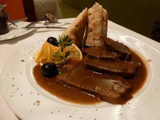 Restaurant at Hotel Maximilian: Deer with dumplings...delicious!