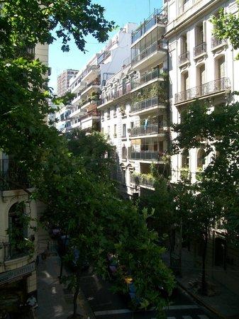 Épico Recoleta Hotel: Vista do quarto do 3°andar
