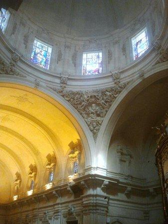 Elche, España: Interior de la Basilica de Santa Maria