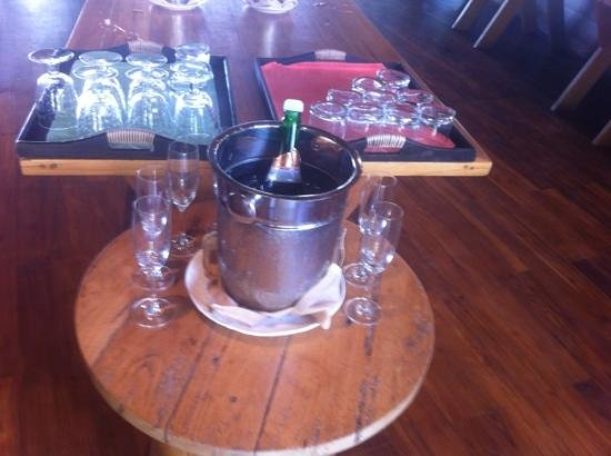 Silavadee Pool Spa Resort : complementary sparkling wine with breakfast!