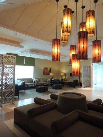 Holiday Inn Express Dubai - Safa Park: 不錯的大廳