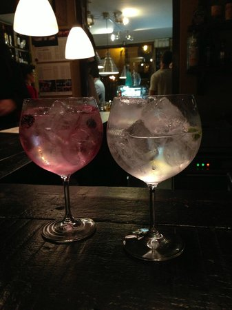 DeVins: gin tonic floral