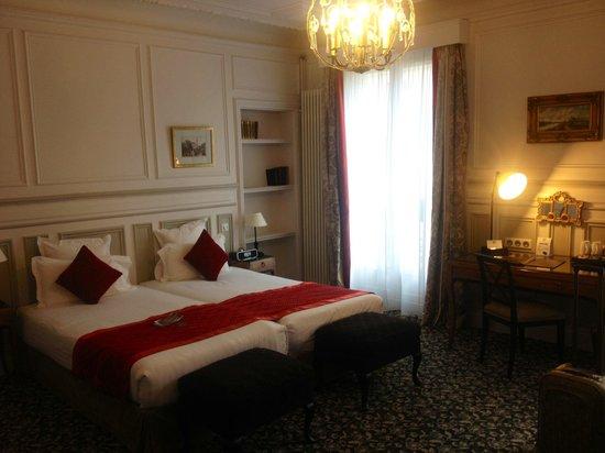 Hôtel Bradford Elysées - Astotel : Room