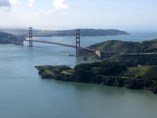 Hayward Flight: Fly over Golden Gate
