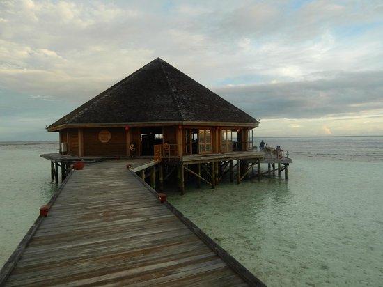 Vilamendhoo Island Resort & Spa: asian wok