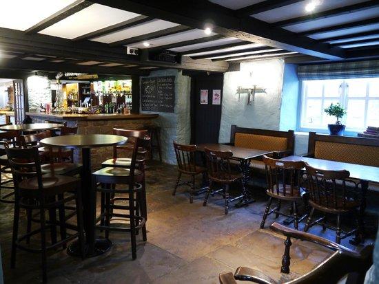 Garway Moon Inn: The Bar