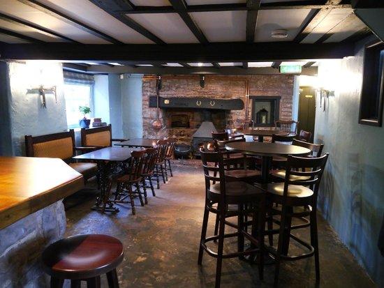 Garway Moon Inn: Bar