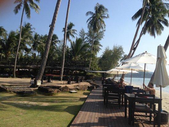 Panviman Koh Chang Resort : фаст фуд коннер