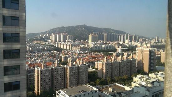 Days Hotel and Suites Mingfa Xiamen: вид из окна