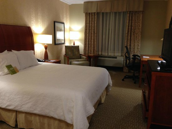 Hilton Garden Inn Lakewood: Spacious room