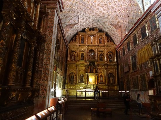 Iglesia Museo Santa Clara  |