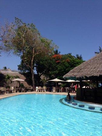 Baobab Beach Resort & Spa: Pool Bar