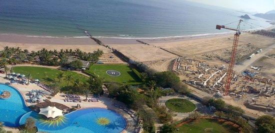 Le Meridien Al Aqah Beach Resort: View from 15th floor