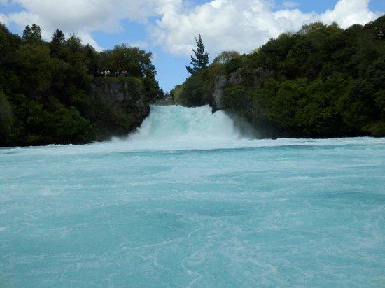 Huka Falls tracks: Huka Falls