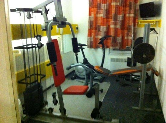 Quick Palace Tours Nord: salle de gym