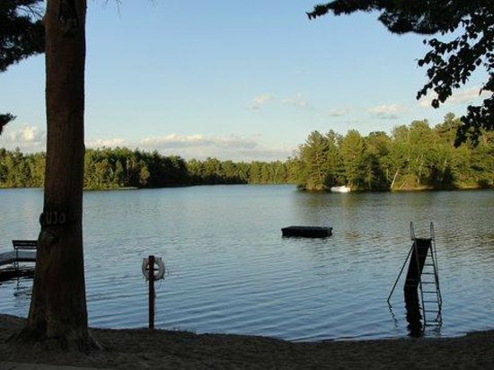 Whispering Pine Lodge: View from sand beach