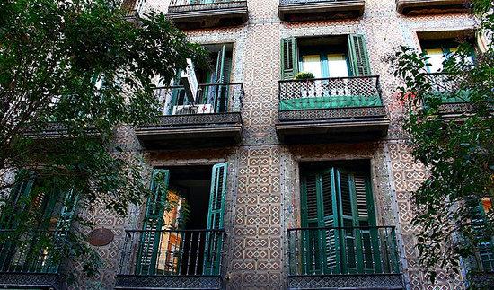 Hostal Rayuela: Fachada Exterior del Hostal