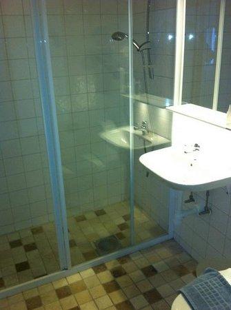 Waxholms Hotell : Bathroom