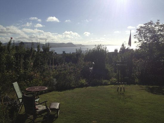 Arty B+B By The Sea: What a fantastic view from the garden where we had breaky and smoked some locally caught mackera