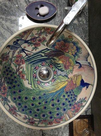 Hibiscus Villa : badeværelse