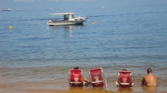 Pousada Refúgio do Capitão: Praia Araçatiba