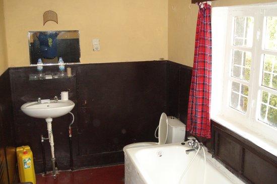 Hotel Muhabura : Bathroom