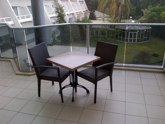 Kfar Maccabiah Hotel & Suites: Balcony