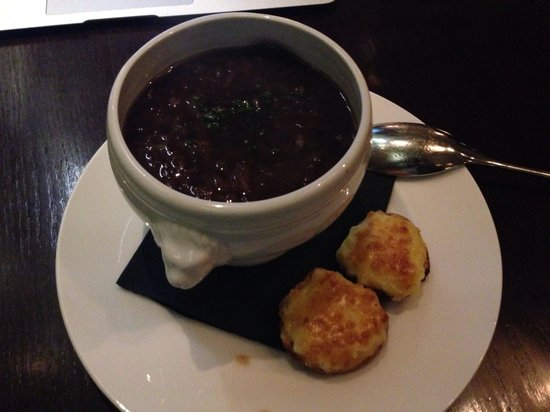 Hunter 486 at The Arch London: Best French union soup I ever had, only GBP 7.-