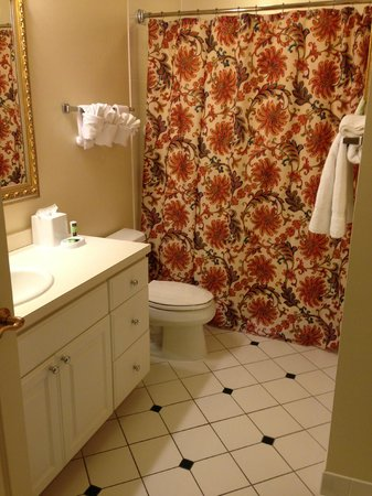 Marriott's Fairway Villas: Guest Bath dedicated bathroom