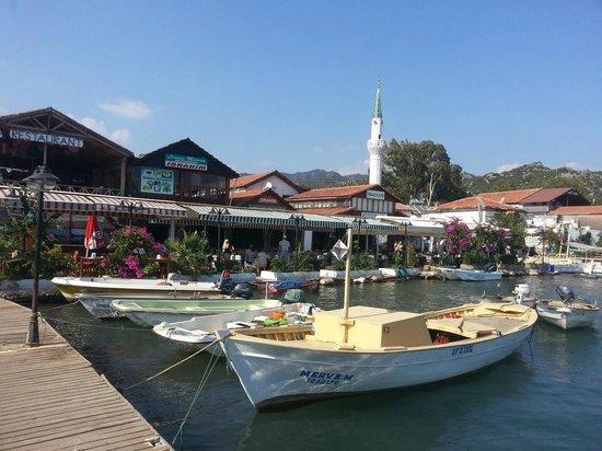 Kalekoy Harbour: kaleköy