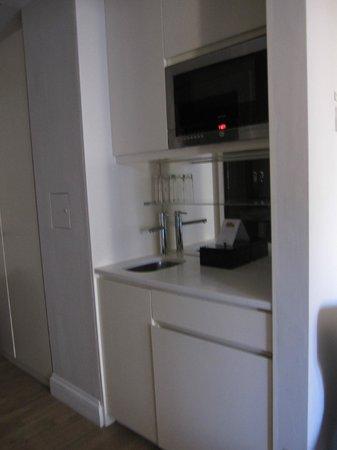 Fraser Suites Edinburgh: kitchenette 505?