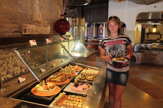 Siva Port Ghalib: ресторан - сладости