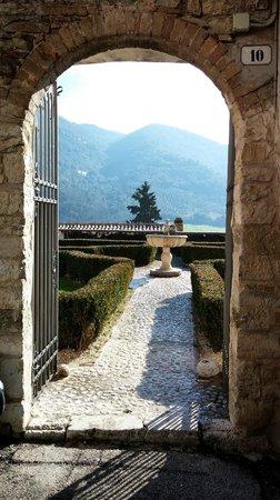 Palazzo Leti Residenza D'Epoca: ingresso