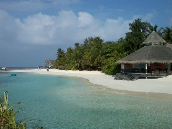 Ellaidhoo Maldives by Cinnamon: The Beach