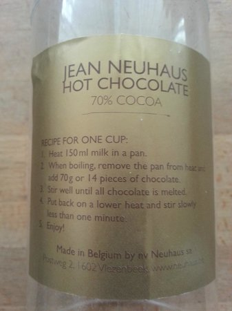 Neuhaus Galerie de la Reine - L'atelier de Neuhaus: The recipe for homemade Neuhaus hot chocolate