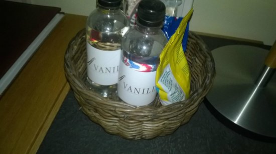 Hotel Vanilla: A basket in the room with things for sale. You pay even for water.