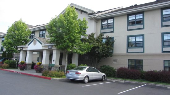 Extended Stay America - Seattle - Mukilteo: Hotel front