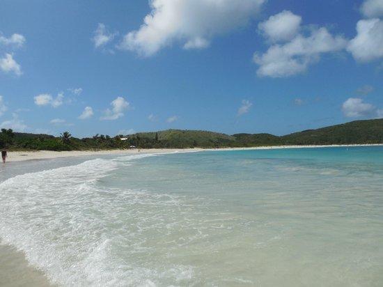 Flamenco Beach: Every shade of blue