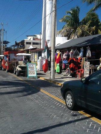 Villa del Palmar Cancun Beach Resort & Spa: Shopping at Isla Mujeres